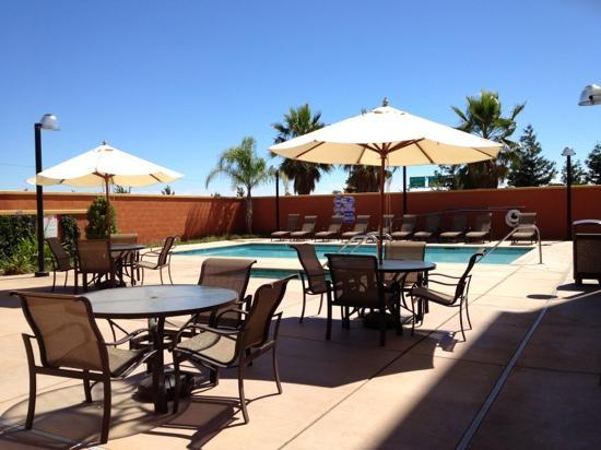 Four Points by Sheraton Sacramento International Airport : pool