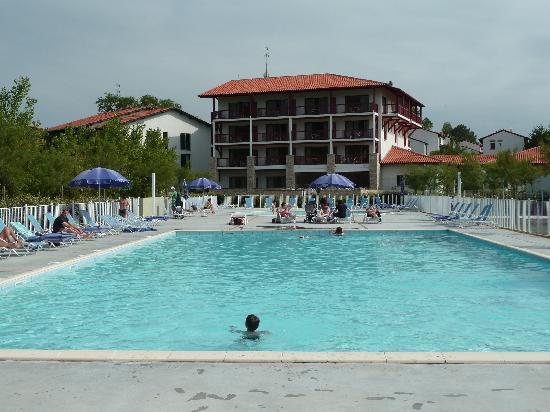 Hôtel Erromardie : l'arrière coté piscine