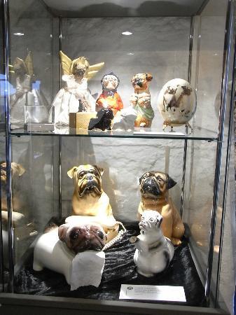 Museum Schloss Fuerstenberg: Ein Leben ohne Mops ist möglich, aber....