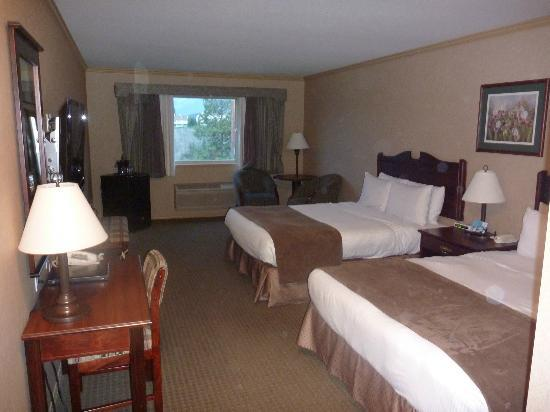 Best Western Plus Prestige Inn Radium Hot Springs: Standard double room