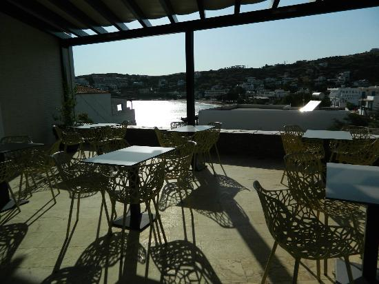Krinos Suites Hotel: la terrazza per la colazione