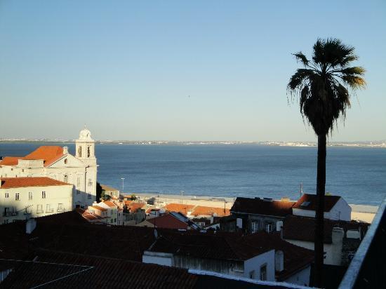 Olissippo Castelo: Placa de las Portas del Sol - 5mn a pied
