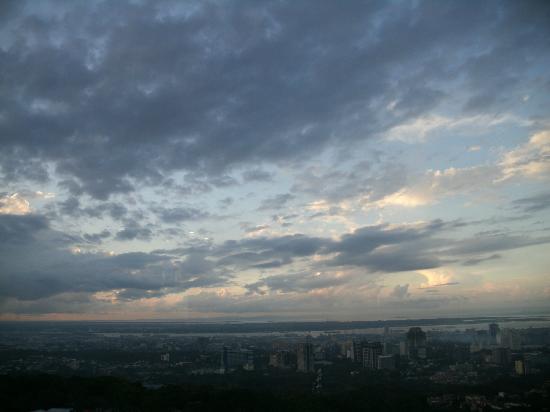 Marco Polo Plaza Cebu: Sunset as seen from my window