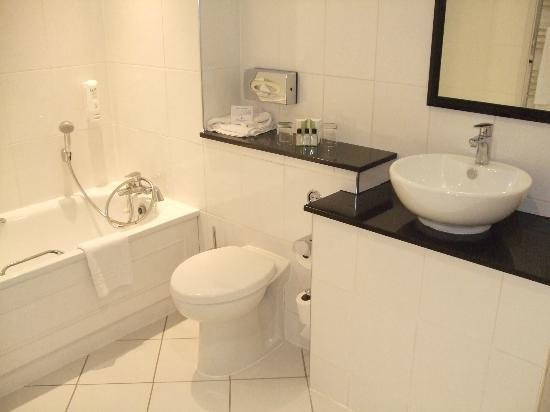 Midland Hotel: Spotless Bathroom