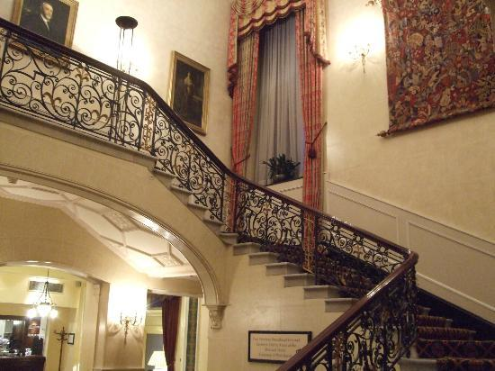 Midland Hotel: Marble Staircase