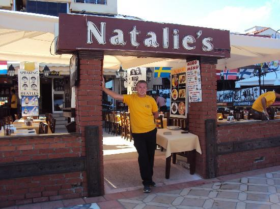 Natalie's Steak House: Front of house