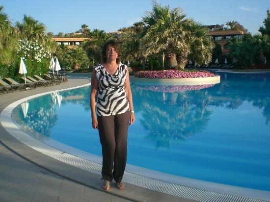 Acacia Resort Parco dei Leoni : veduta piscina