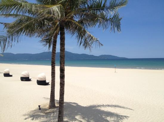 Hyatt Regency Danang Resort & Spa: miles of beach at your doorstep
