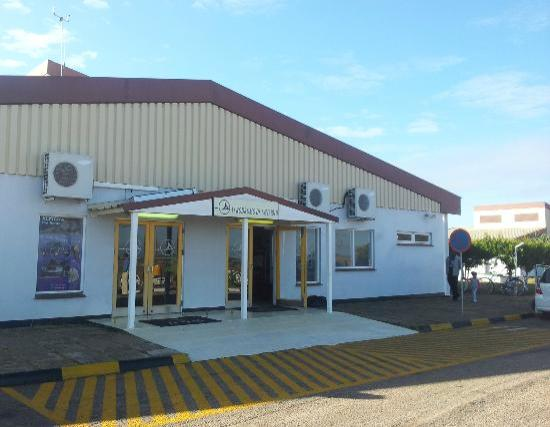 Residencial Bengo: Flughafen Chimoio