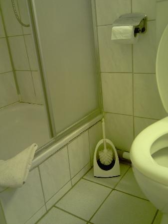 Hotel-Restaurant Zum Stern: Sogar die Bürste ohne Griff