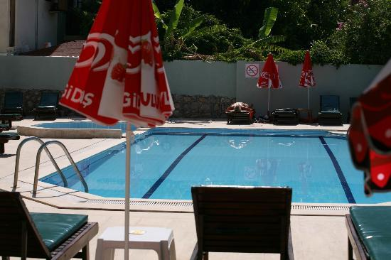 The Lemon Tree Hotel Restaurant: lemon tree hotel oludeniz swimmingpool
