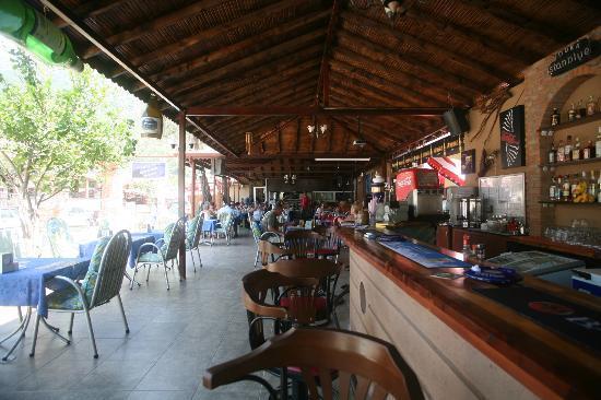 The Lemon Tree Hotel Restaurant: new phillips bar