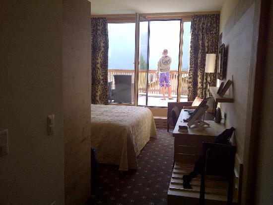 Nira Alpina: Room