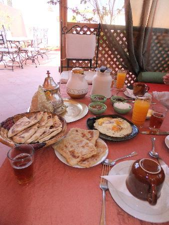Riad Princesse du Desert: Breakfast