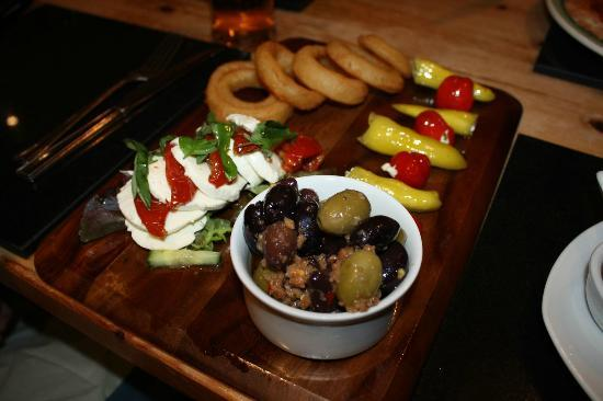 Vats Bar: Vegetarian Combo (£9.25)