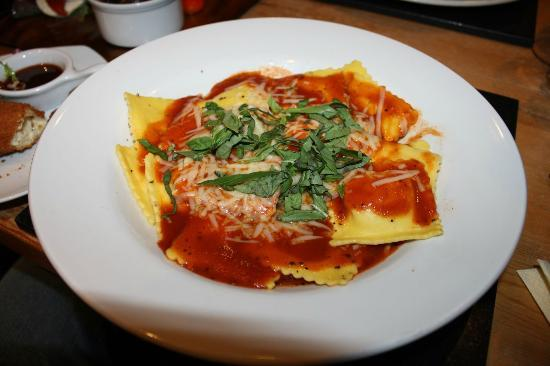 Vats Bar: Four Cheese Ravioli (£9.25)