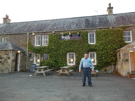 The Redesdale Arms: Front Hotel