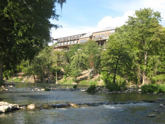 Gruene River Inn: View from the backyard.