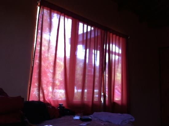 Rinconcito Lodge : cortinas translúcidas