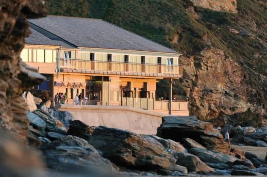 The Beach Hut at Watergate Bay - Picture of The Beach Hut, Newquay ...
