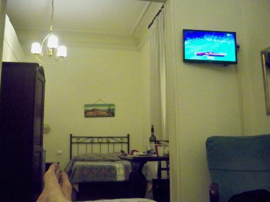 Cimabue 9: watching EuroCup soccer after a long day