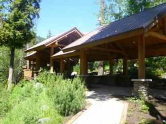 Triple Creek Ranch: The lodge entrance