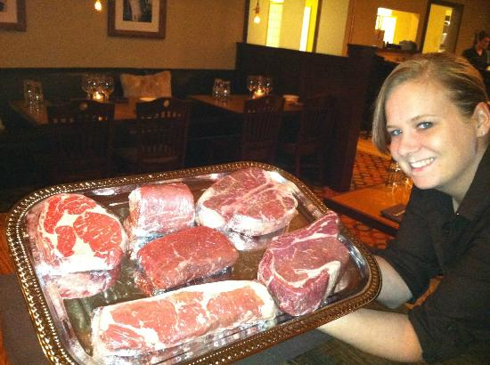 Sophie's Steakhouse : Fresh Cut Steaks from The Original Stock Yards Meat Co. Chicago, IL
