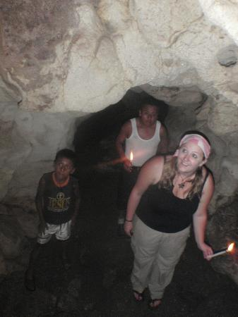 Hotel Flor de la Montana: Cave exploring