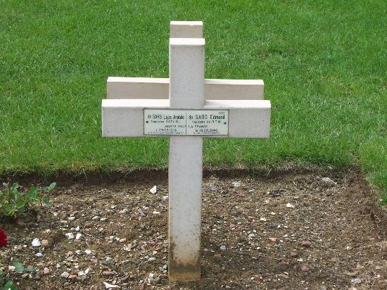 Nécropole Nationale Française de Notre-Dame de Lorette: Père et fils réunis