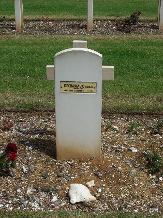 Nécropole Nationale Française de Notre-Dame de Lorette: Tombe d'un soldat agnostique ou libre penseur