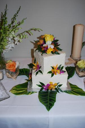 Key West Cakes Wedding Cake Simple White Very Moist Kled