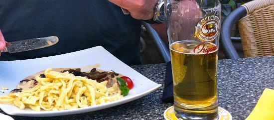 Hotel Krone: Beer and Pork Fillet
