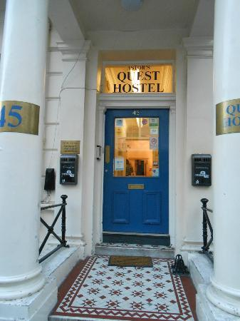 Astor Queensway Hostel: hotel