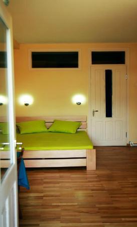 Ori Beli Hostel : Second Private Room with private balcony