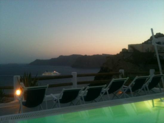 Caldera Villas: Delight view
