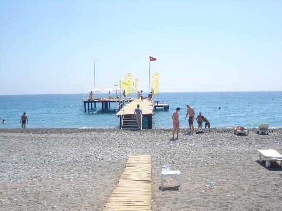 Resort Hotel Galeri: Beach