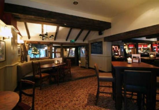 The Wateringbury: Inside bar area