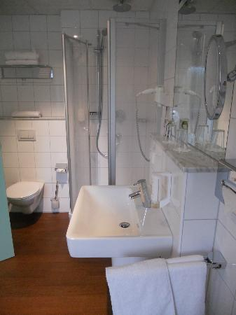 Stadthotel Freiburg Kolping Hotels und Resorts: Bathroom