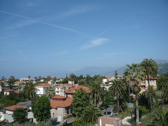 Bordighera, Italie : front view from room