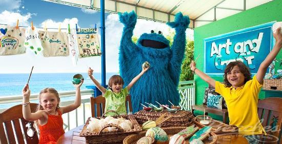 Beaches Ocho Rios Resort & Golf Club: Dining with Cookie Monster at Beaches Boscobel Resort & Golf Club