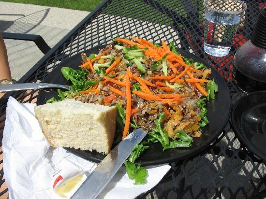 Saskatoon, Canada: Wild Rice Salad with bannock