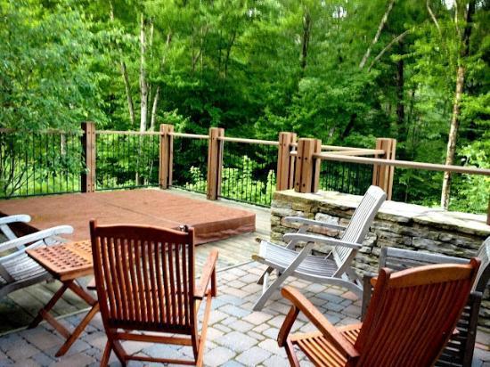 Tremblant Platinum: patio 