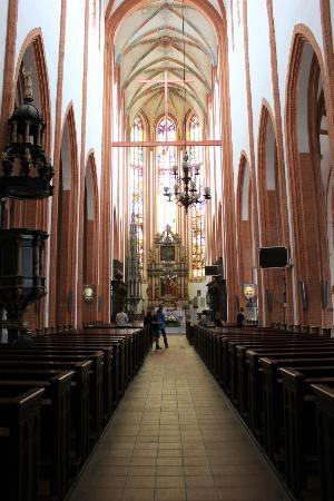 Church of St. Elizabeth: Inside
