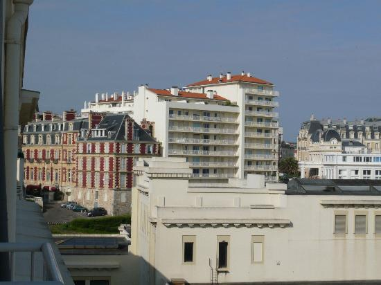 Le Windsor Grande Plage Biarritz: View from room