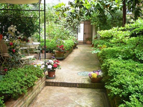 Garden House B&B: Giardino B&B garden House Perugia Italia
