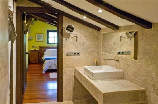 Casa Rural Arotzenea: Baño