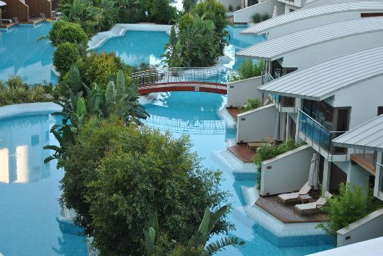Cornelia Diamond Golf Resort & Spa: villas