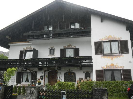 Gästehaus Rosengarten: Front view