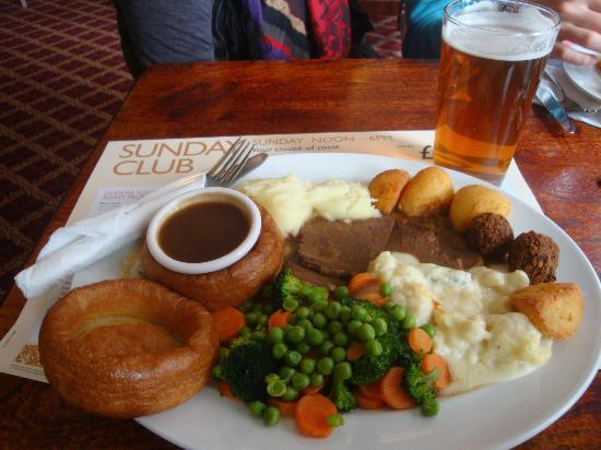 The Sir john Oldcastle: our english easter sunday meal