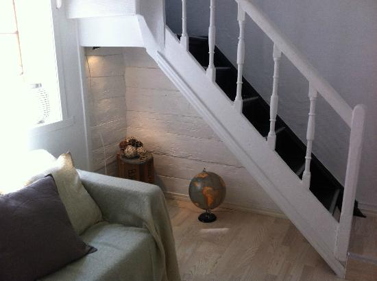 Bergen Apartments: Stairs to room 2 and 3 (Attic room)
